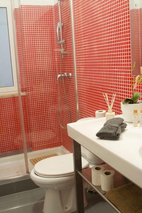 Luminous single bedroom in trendy Arroio