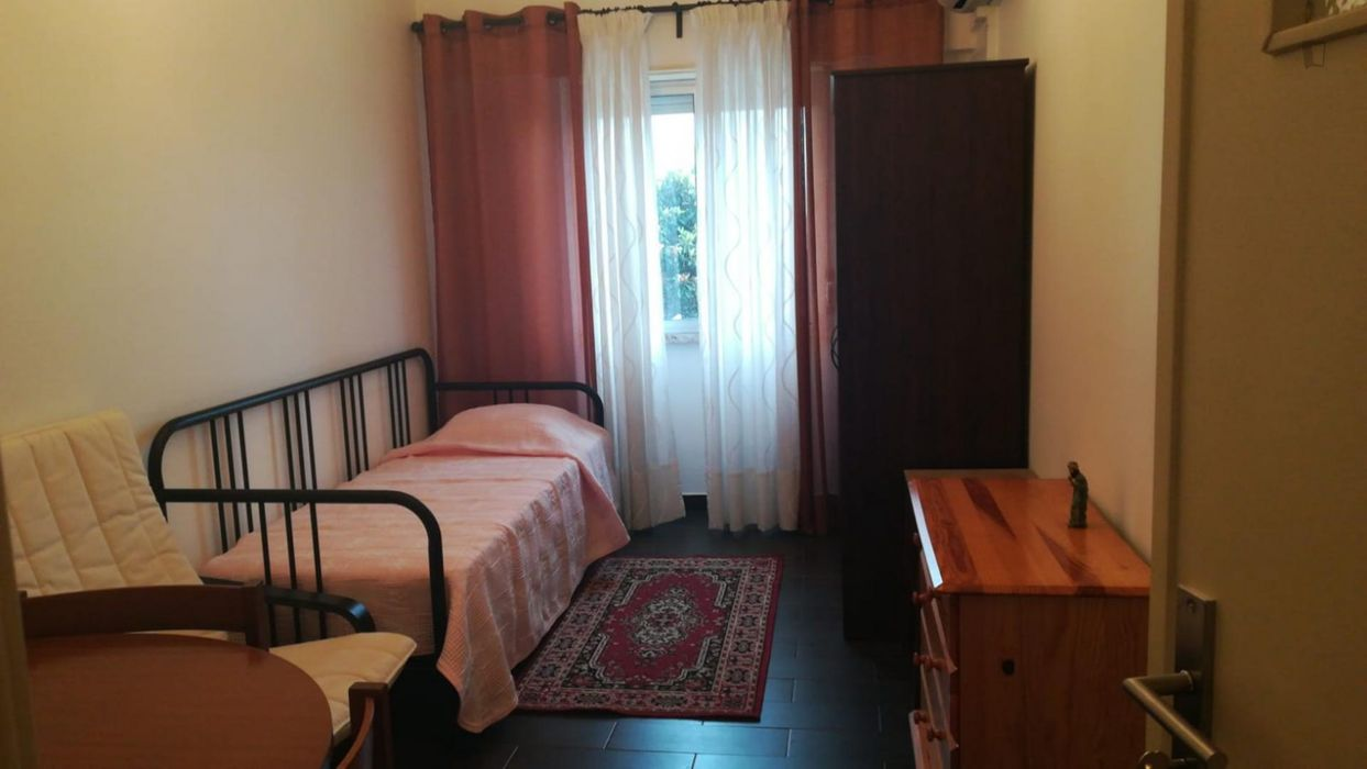Nice single room close to IST