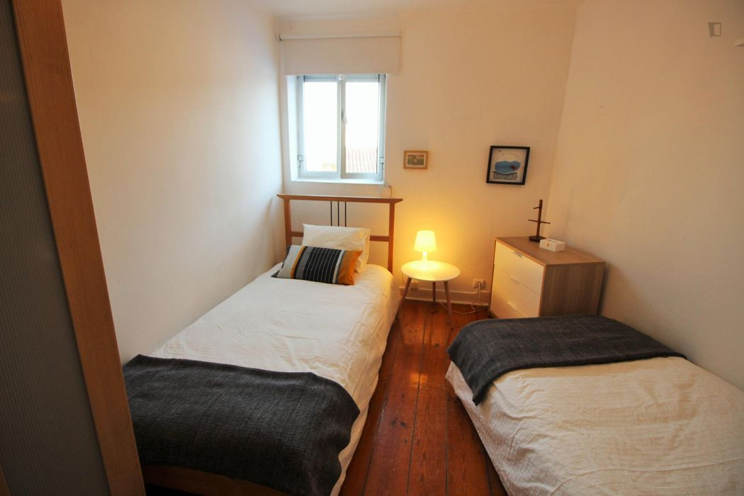Cosy double bedroom close to ISPA