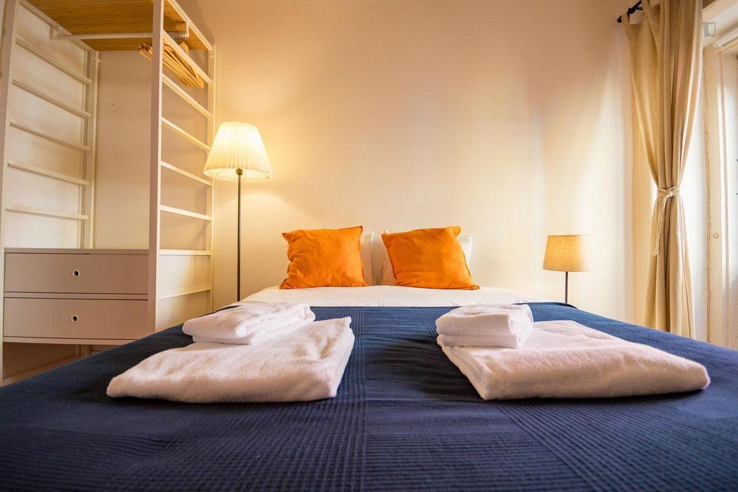 Lovely 1-bedroom apartment near Jardim da Estrela
