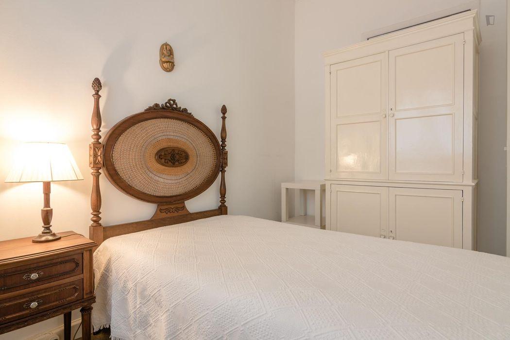Lovely single bedroom in Arroios, near Saldanha