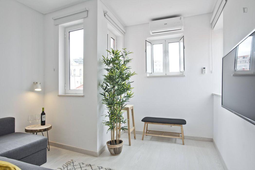 Modern apartment next to Cais do Sodré