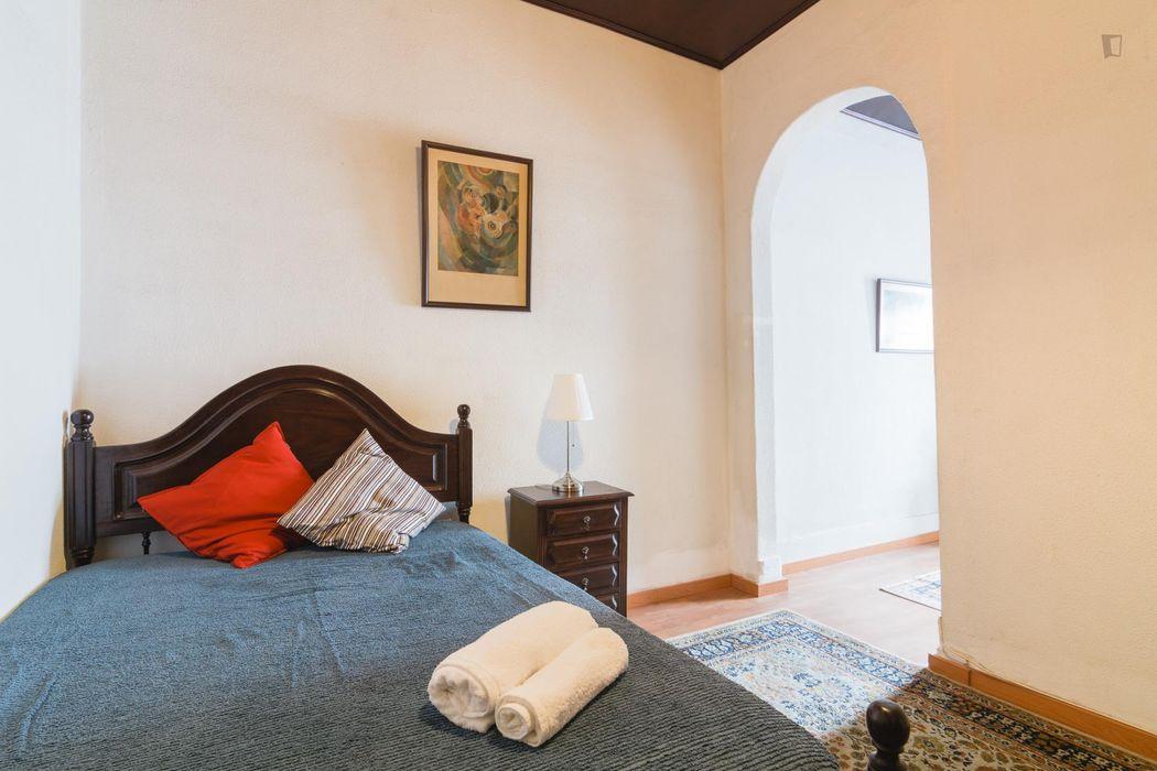 Homely double ensuite bedroom in Marquês de Pombal