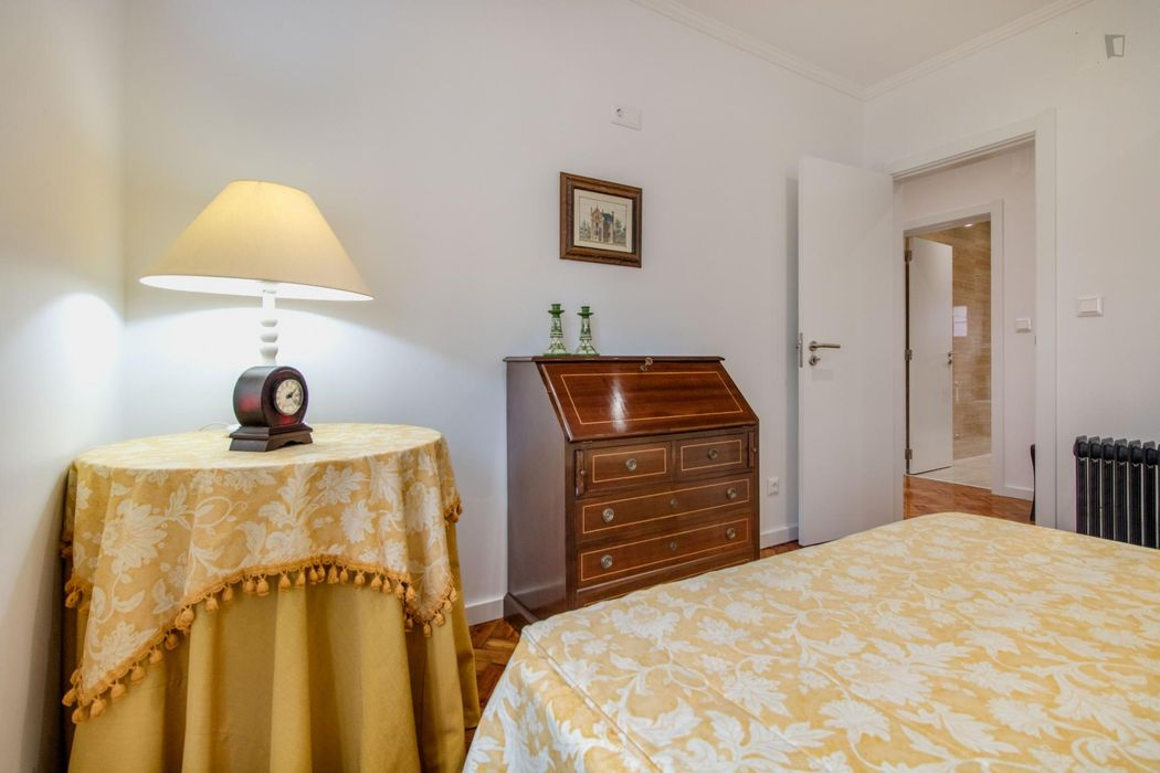 Lisbon Stay at Roma Boulevard - 3 Bedroom Apartment