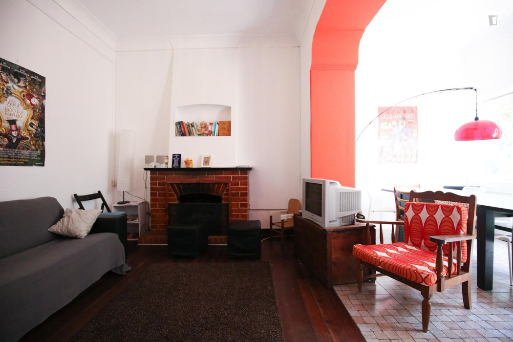Double ensuite bedroom with a private kitchen, in classic Ajuda