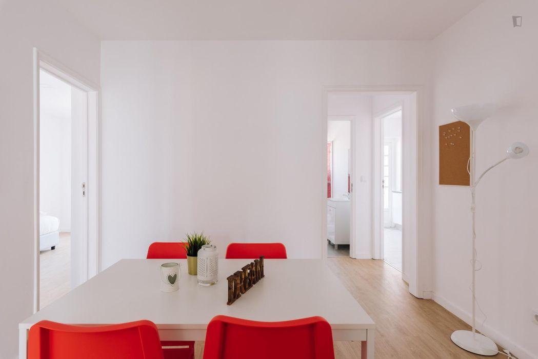 5-bedroom apartment, near the universities