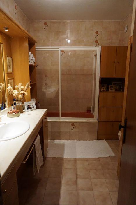 Single bedroom in Oeiras