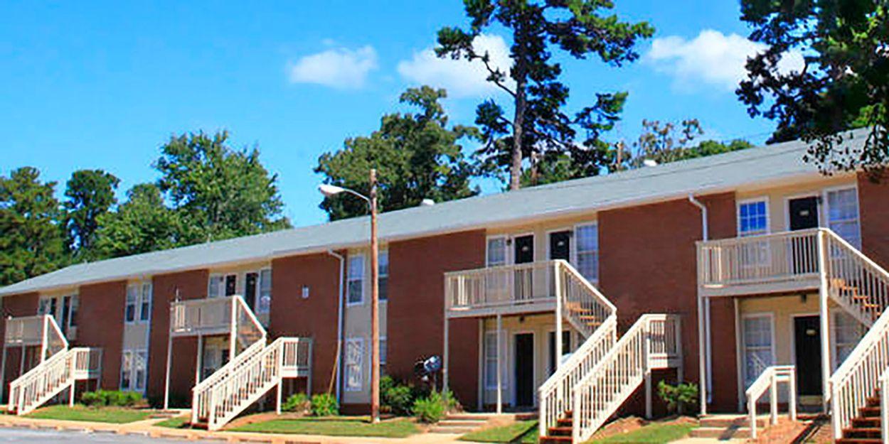 University Oaks Apartments