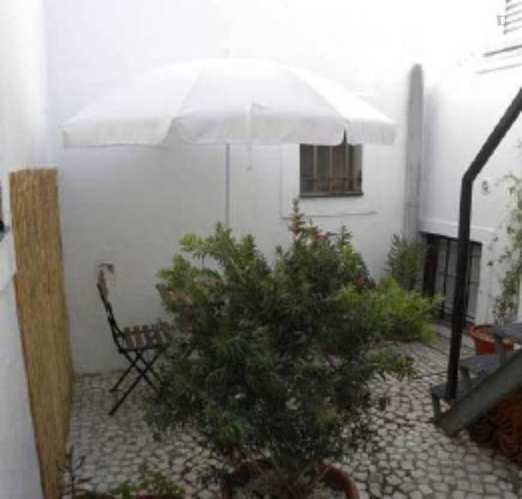 Amazing 2-bedroom apartment nearby Faculdade de Belas-Artes da Universidade de Lisboa