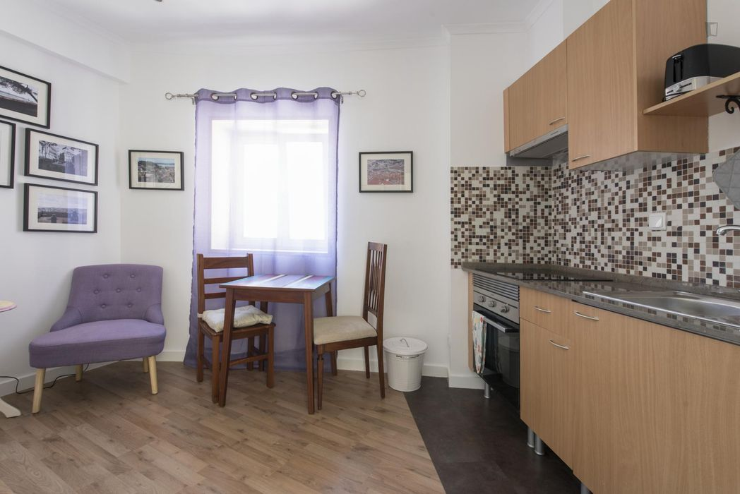 Compact 1-bedroom apartment in the Mouraria neighbourhood