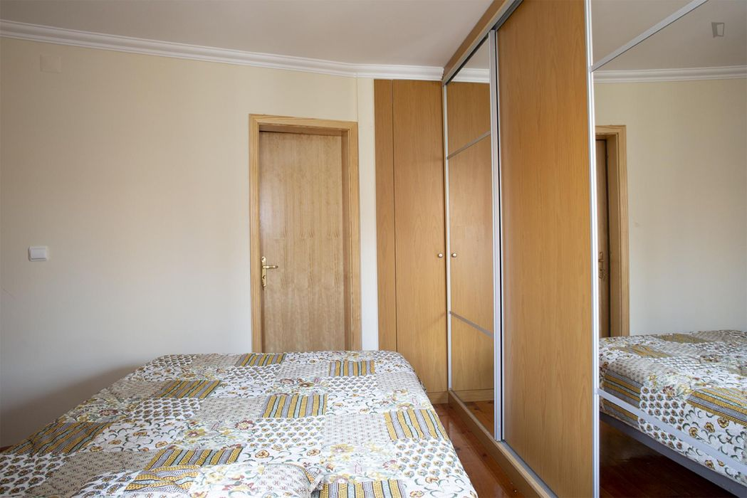 Charming single bedroom in famous Mouraria