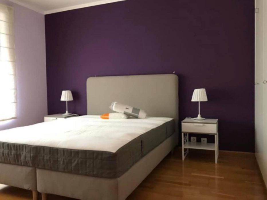 Charming bedroom in Parque das Nações