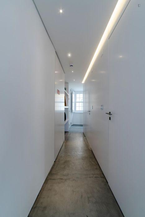 Modern design serviced 1-Bedroom apartment near Chiado