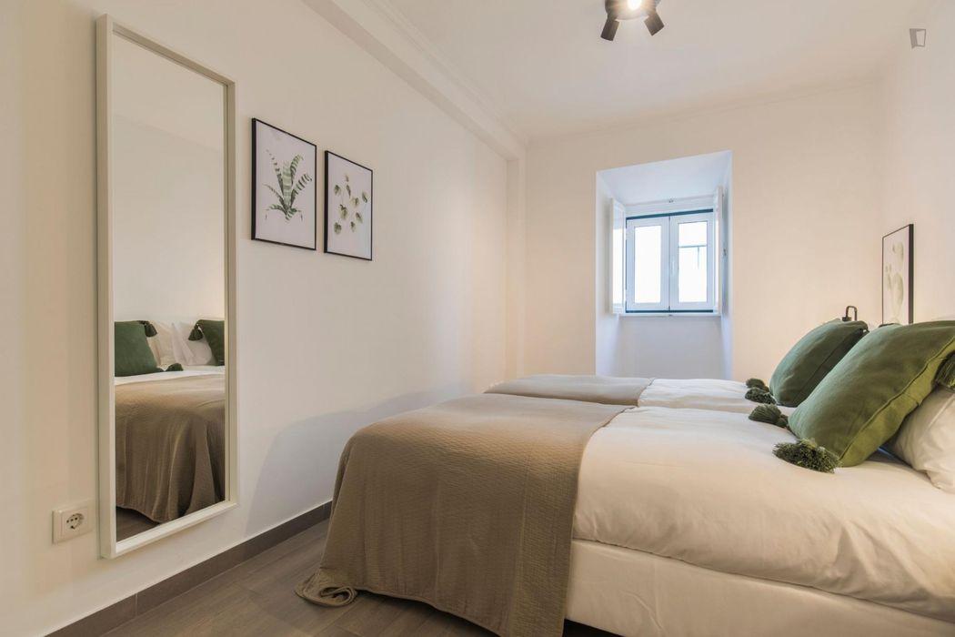 Comfy 2-bedroom apartment near Miradouro do Monte Agudo