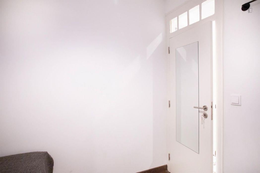 NIce apartment in Alfama, near Portas do Sol