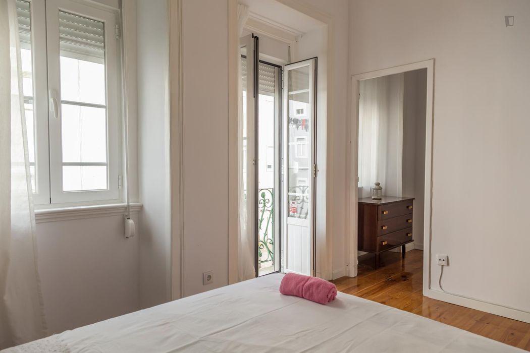 Tasteful double bedroom near IST