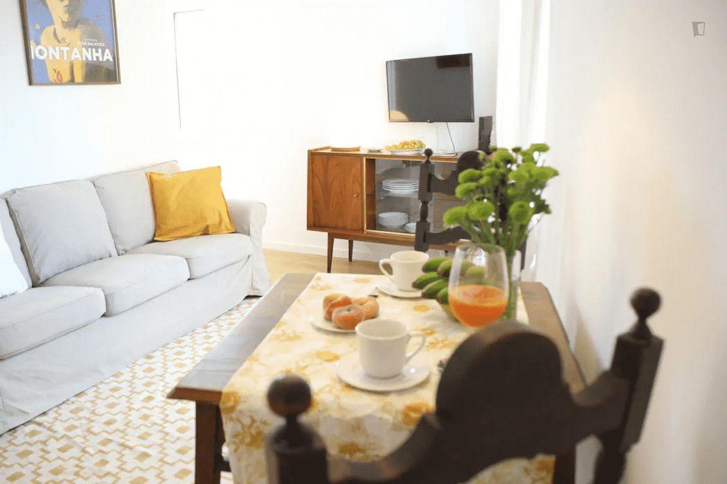 1-Bedroom apartment near Anjos metro station