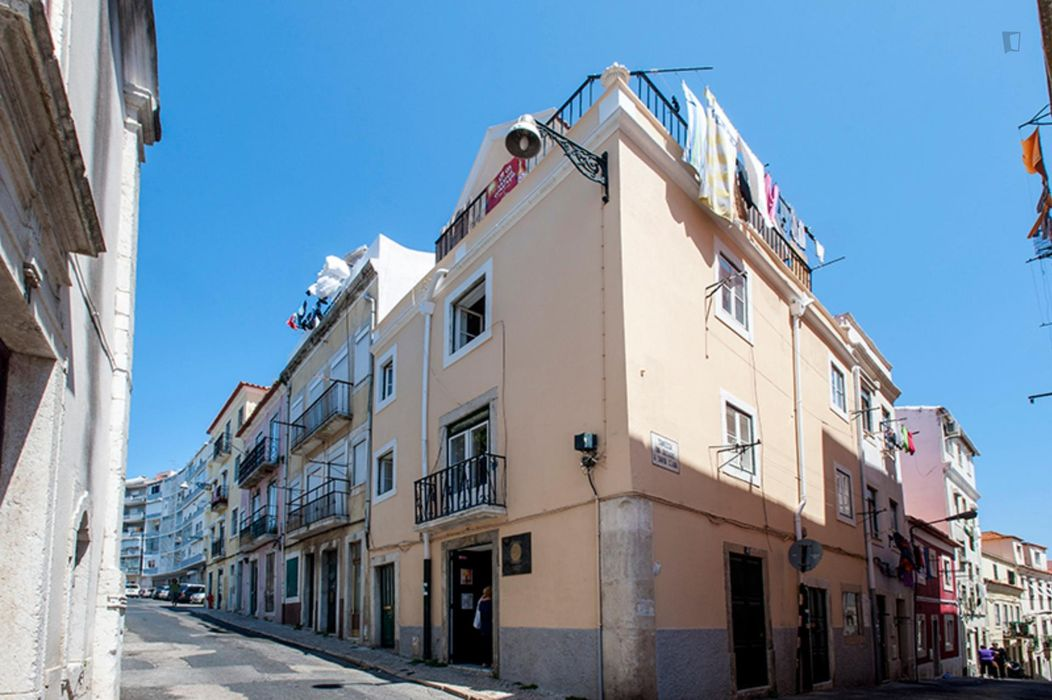 MARIA- 2 Bedroom Apartment, Lisbon, Graça