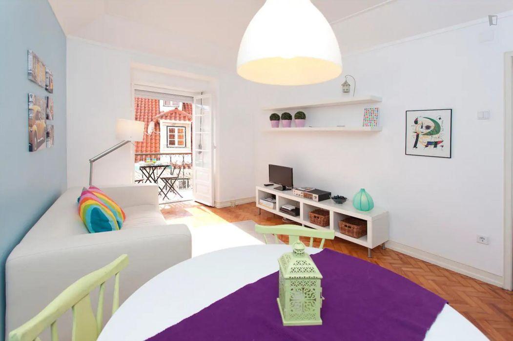 2-Bedroom apartment near Arco do Castelo