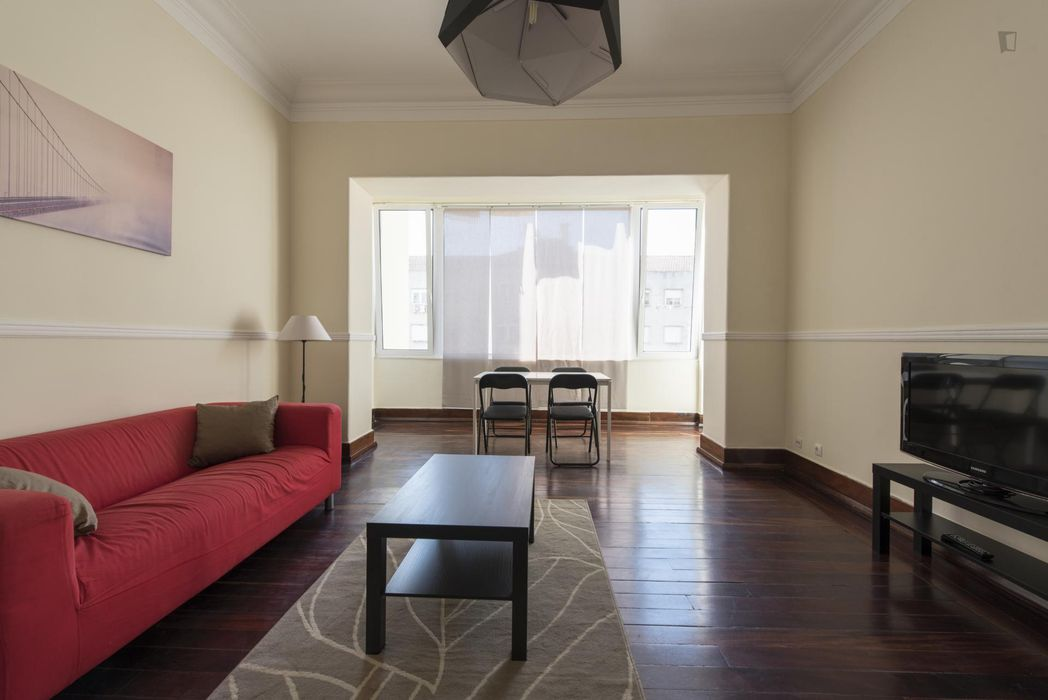 Alluring single bedroom in Alcântara