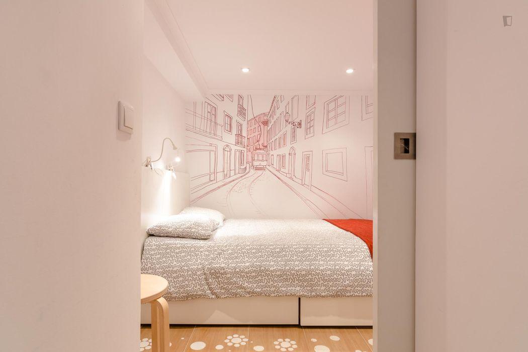 Lovely 1-bedroom flat close to Faculdade De Ciencias Medicas Da Universidade Nova De Lisboa