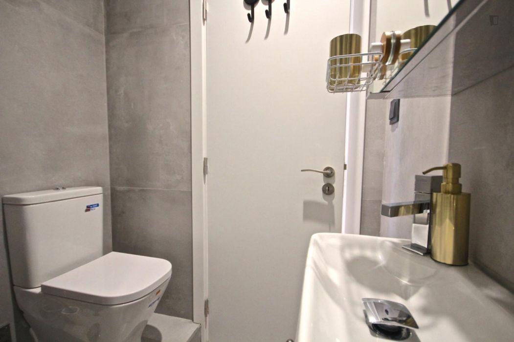Cool 2-bedroom apartment near Jardim Fernando Pessa