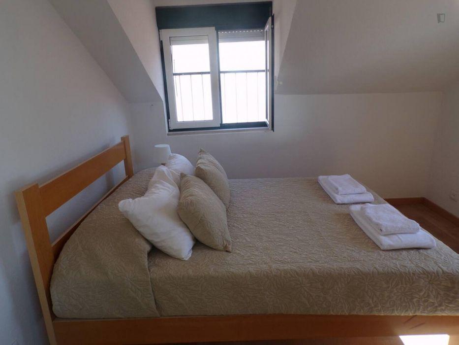 4-Bedroom apartment near Martim Moniz metro station