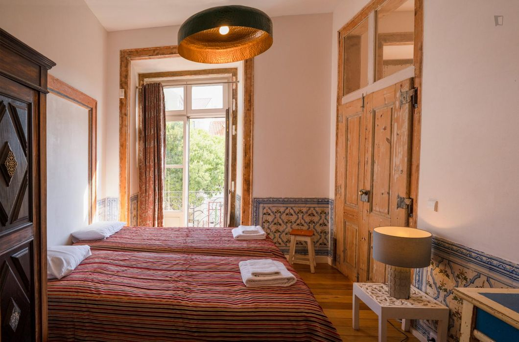 Deluxe 4-bedroom apartment in the heart of Lisbon