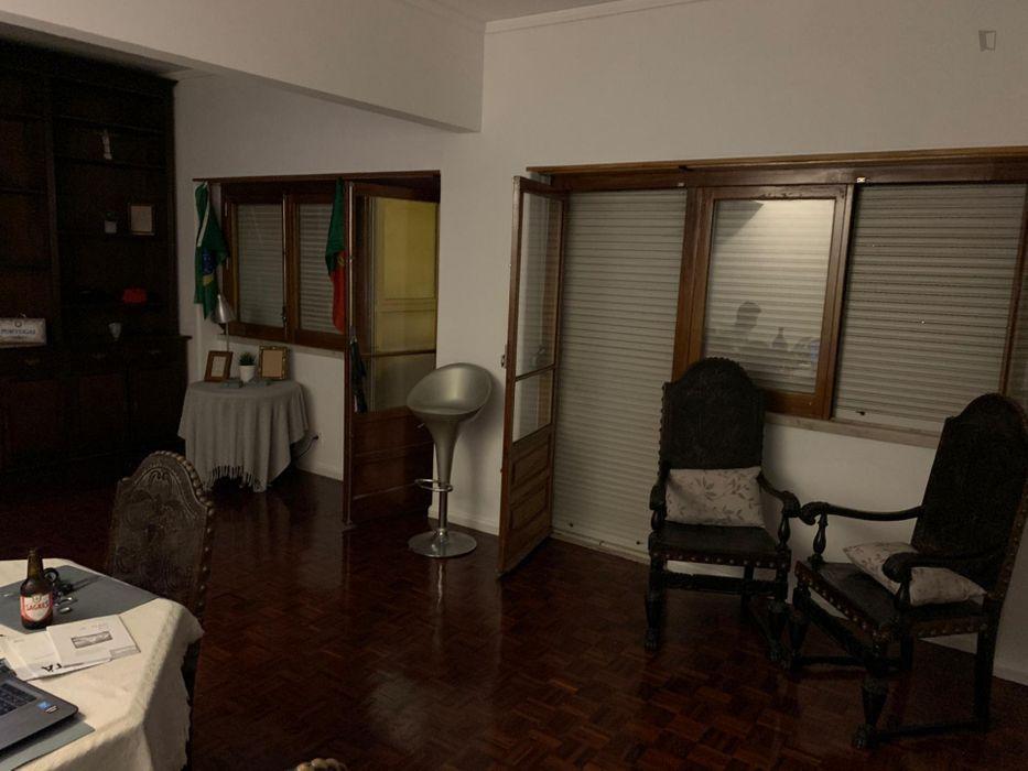 Single bed in 4 bed-dorm in Ajuda