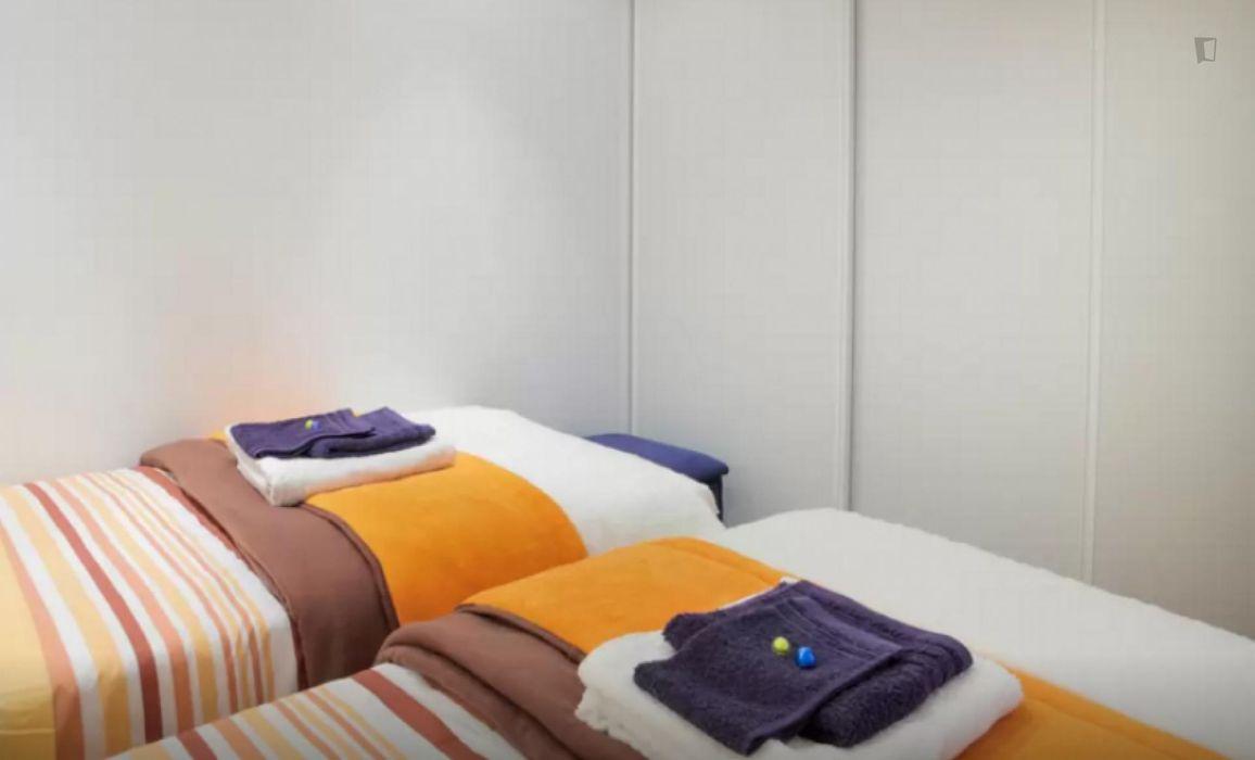 Fair and tasteful 2-bedroom flat in Graça