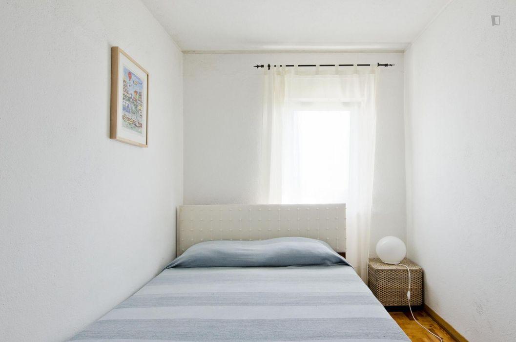 Nice 2-bedroom apartment in eastern Chelas