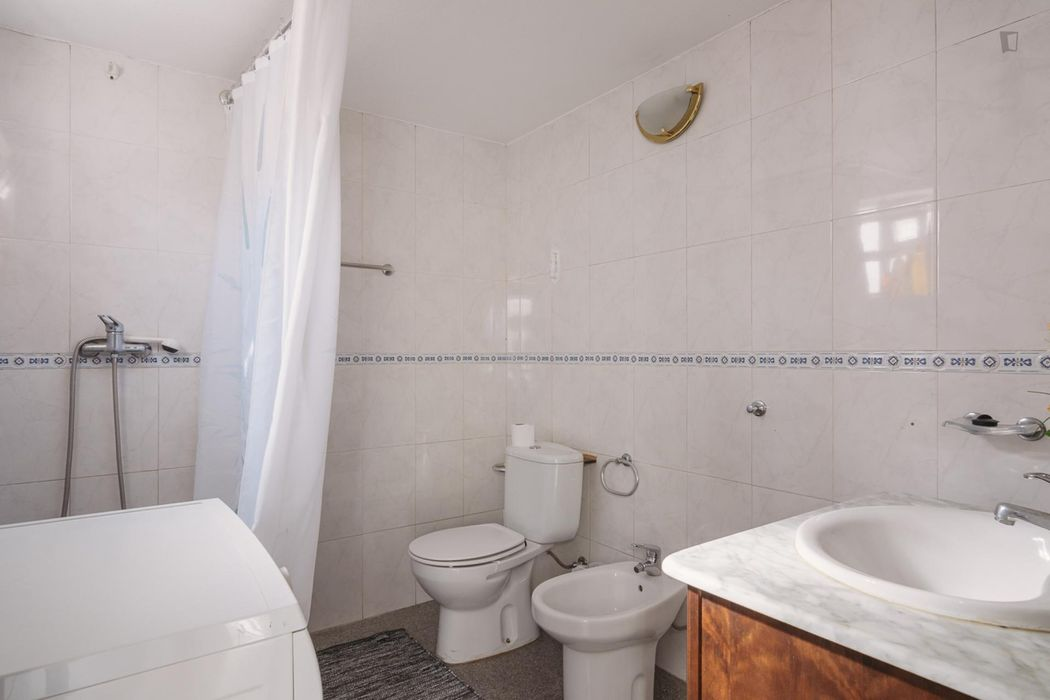 Elegant single bedroom close to Instituto Superior de Agronomia