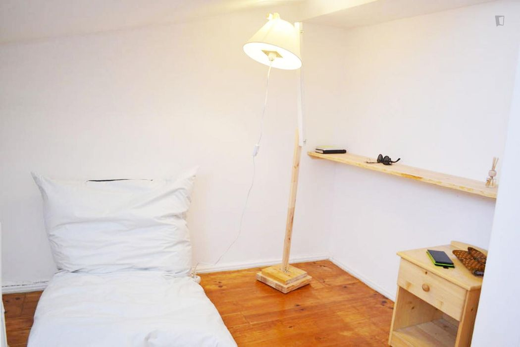 Pleasant 1-bedroom apartment in Bica