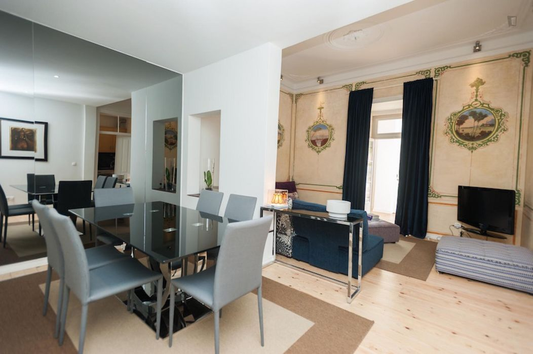 Charming 1-bedroom apartment close to Rato metro station