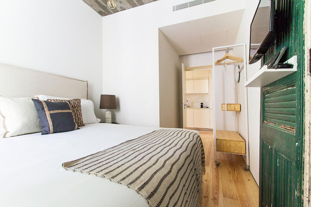 Bright 2-bedroom apartment near Cais do Sodré metro station