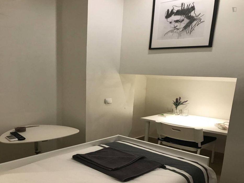 Inviting studio in Bairro Alto