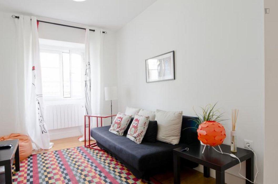 Cool 1-bedroom apartment close to Instituto Superior Economia e Gestão