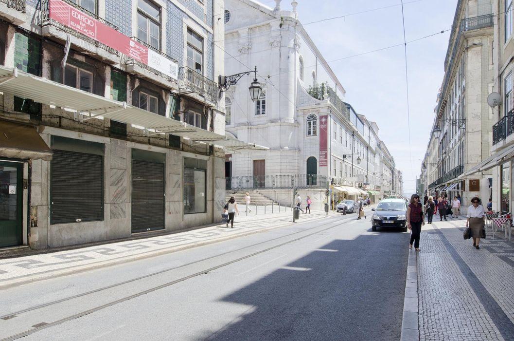 Exceptional studio apartment close to Faculdade de Belas-Artes da Universidade de Lisboa