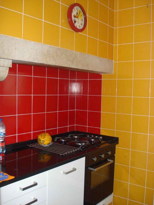Single room in 3-bedroom apartment near Nova's Campolide Campus