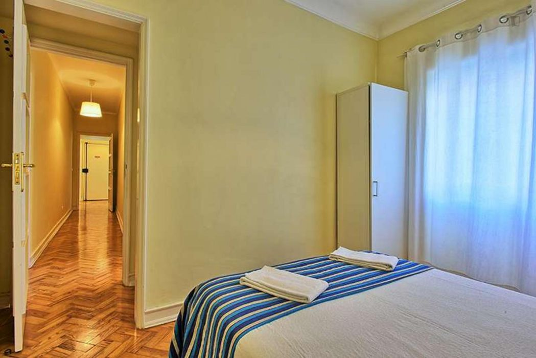 Neat 4-bedroom apartment in proximity to UAL - Universidade Autónoma de Lisboa