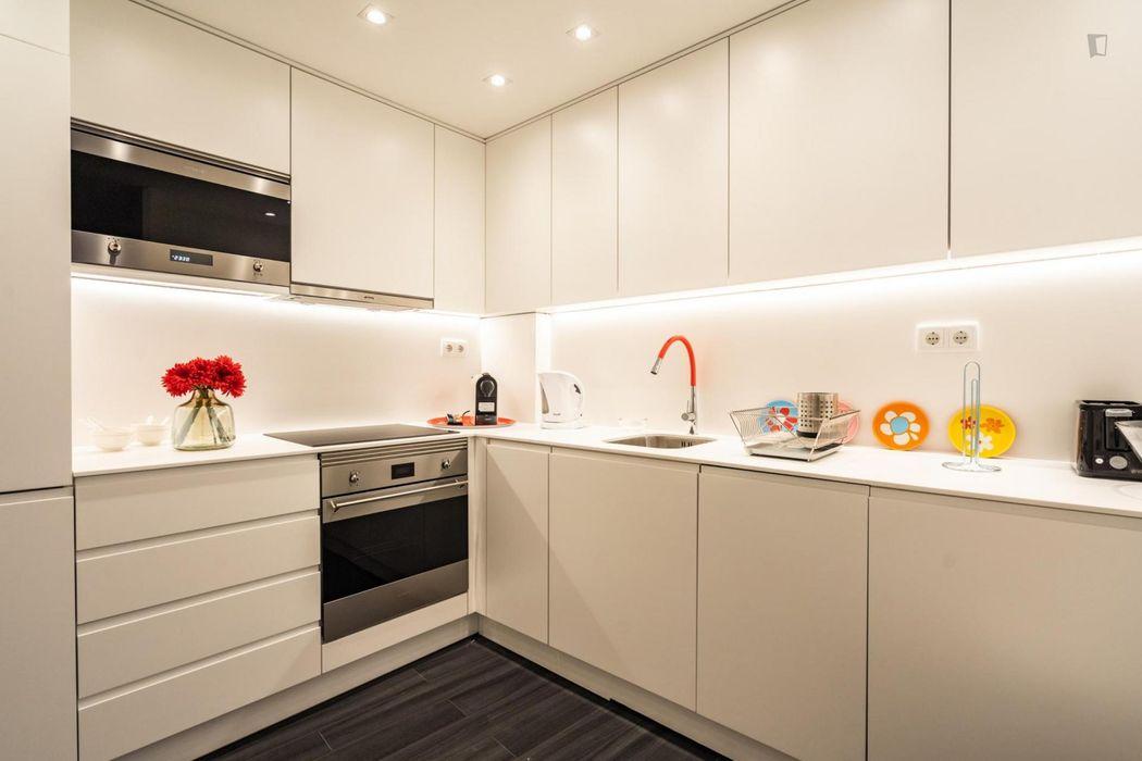 Luxurious 2-bedroom apartment in Alfama