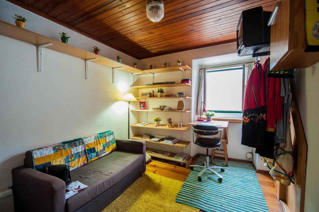 Very comfortable studio in Alfama