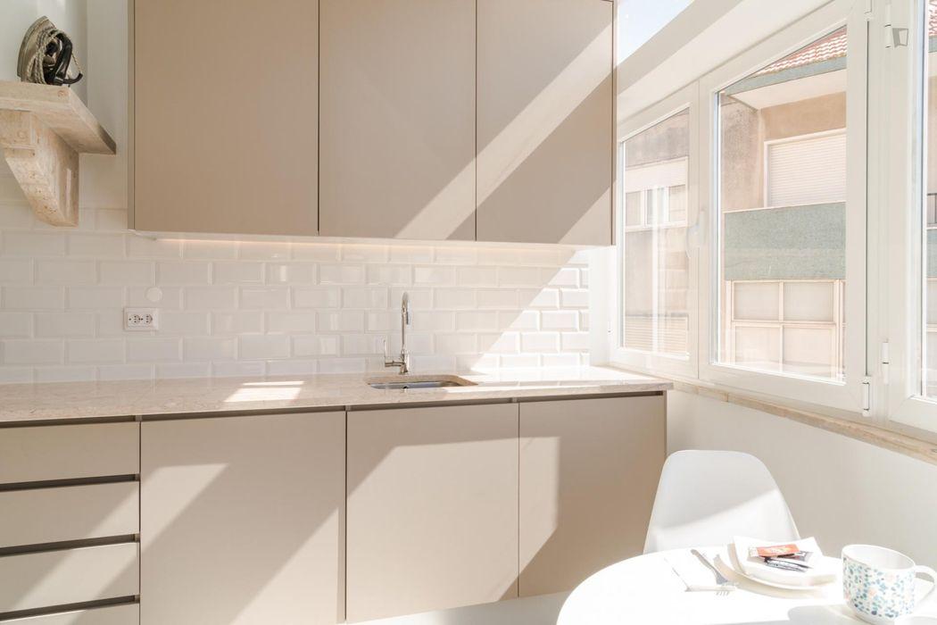 Luminous 1-bedroom apartment in Ajuda