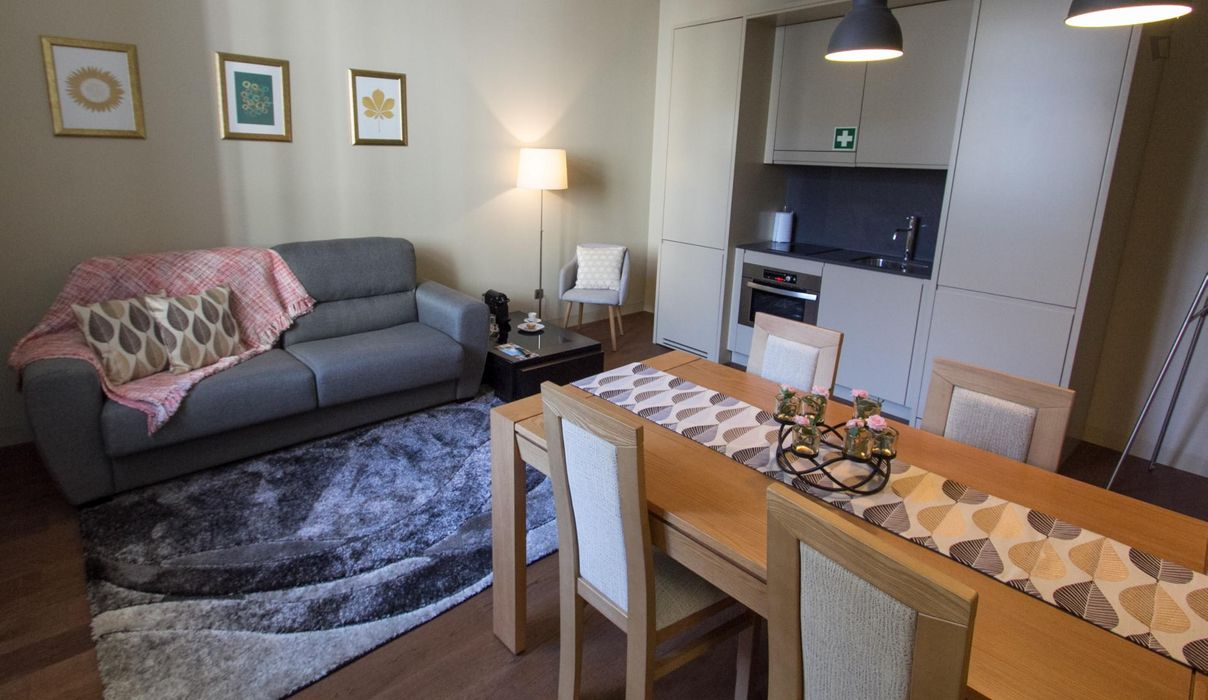 1-bedroom apartment near TimeOut Market