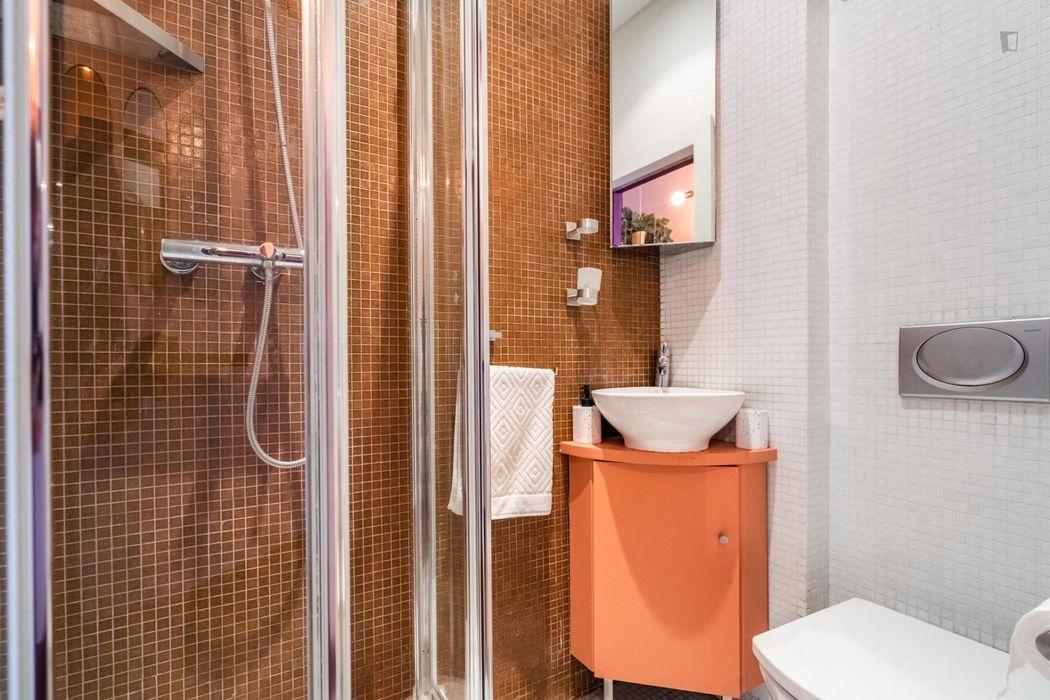 Amazing 2-bedroom apartment in Alameda