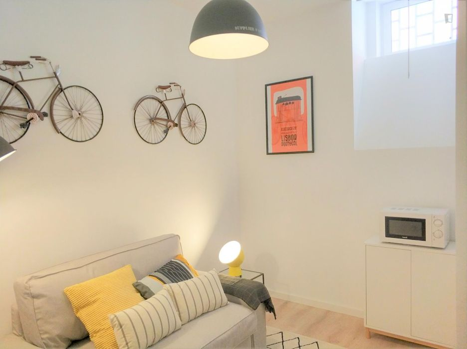 Campo Ourique - Amusing 1 - bedroom apartment close to Rato subway station