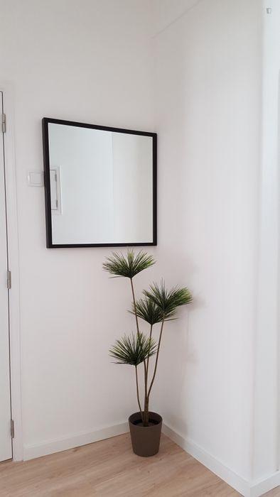 Quiet 2-bedroom apartment in Amadora