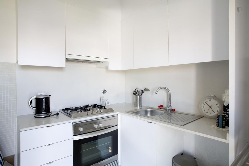 Modern 1-bedroom apartment near Cidade Universitária