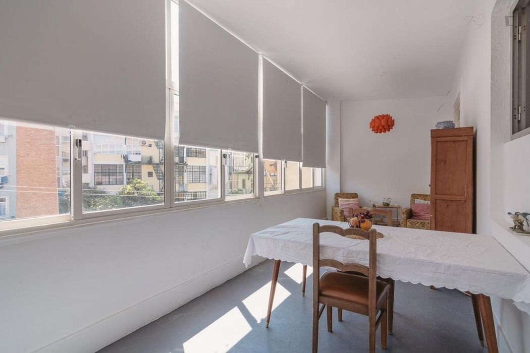 Simple double bedroom in Anjos
