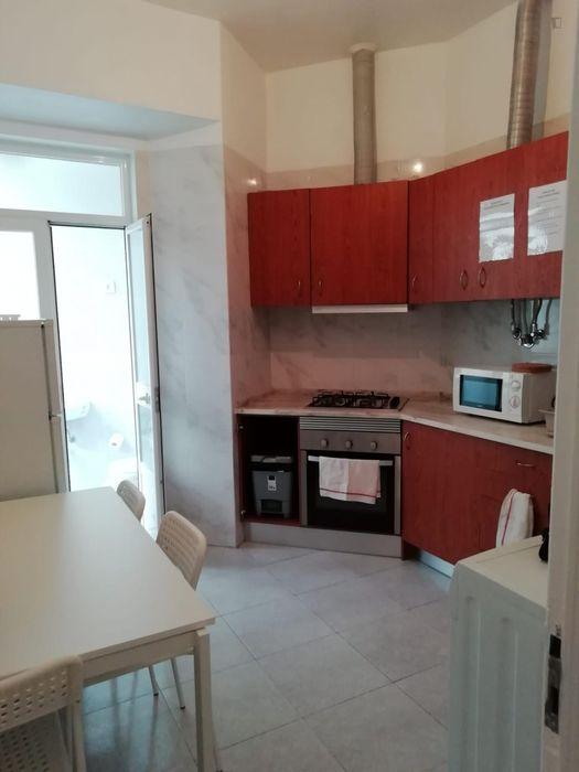 Shining and comfy double bedroom close to Universidade de Lisboa